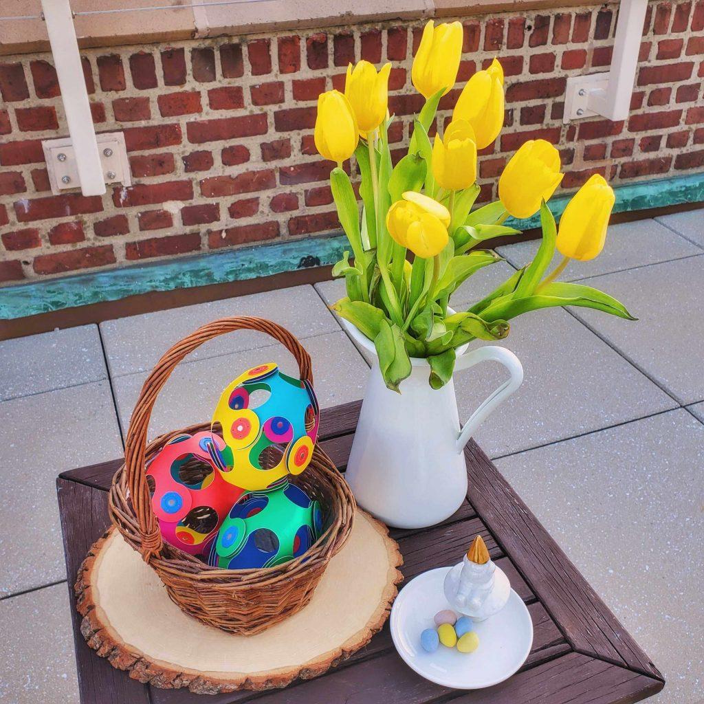 Clixo Easter Eggs